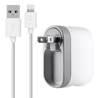 Belkin Swivel Single Port Charger 5V 2.1A with 4' Lightning Cable - White