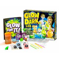 SmartLab Toys Glow-in-the Dark Lab