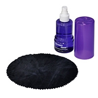 Gear Head Cleaning Kit with Streak-Free 5.75 oz Spray and Antibacterial Microfiber Cloth